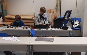 Roboterlager am Franziskusgymnasium – Schüler ermöglicht Robotikferienkurs in den Sommerferien